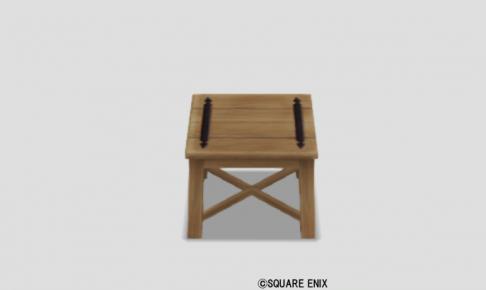 白木のテーブル小