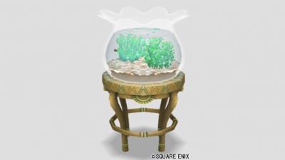 青い金魚と金魚鉢